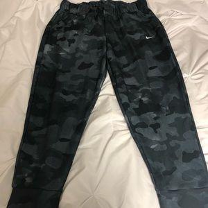 Black camo Nike joggers